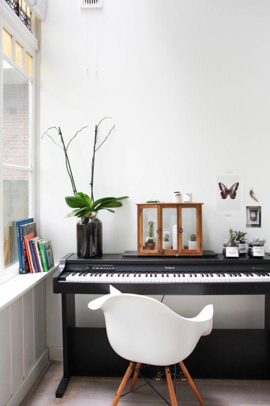 ย้ายเปียโน บางคอแหลม ด้วยทีมงานมืออาชีพ  ย้ายเปียโนราคาถูก เริ่มต้นที่ 2000 บาท โทรเลย 083010 5645