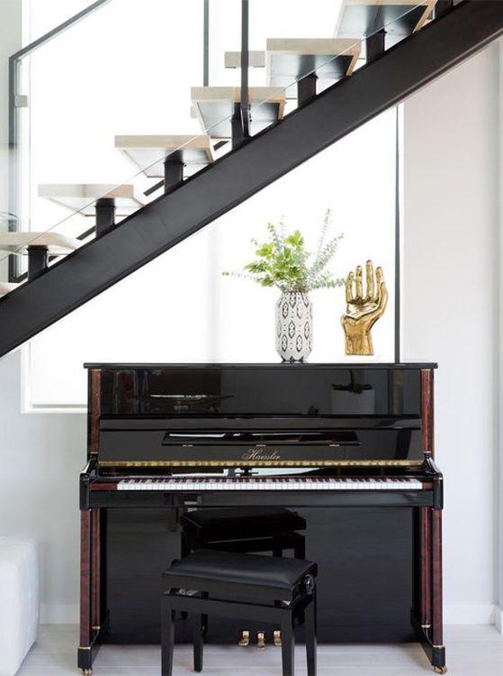 ร้านย้ายเปียโน จตุจักร ราคาดี รับประกันความเสียหาย  ย้ายเปียโนราคาถูก เริ่มต้นที่ 2000 บาท โทรเลย 083010 5645