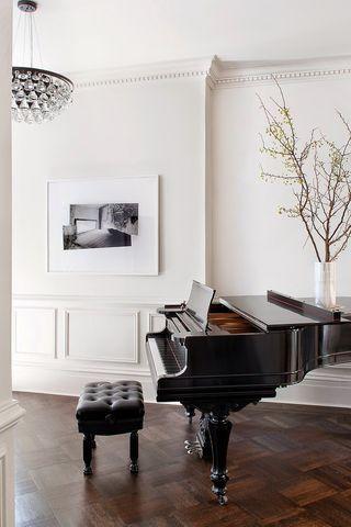 ย้ายเปียโน เองได้ไหมคะไกล้ๆ นิดเดียวเอง จะเป็นไรไหม  ย้ายเปียโนราคาถูก เริ่มต้นที่ 2000 บาท โทรเลย 083010 5645