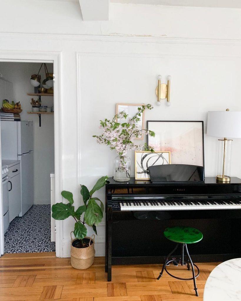 หาร้านย้ายเปียโน ประเวศ ที่ดีที่สุด ในตอนนี้  ย้ายเปียโนราคาถูก เริ่มต้นที่ 2000 บาท โทรเลย 083010 5645